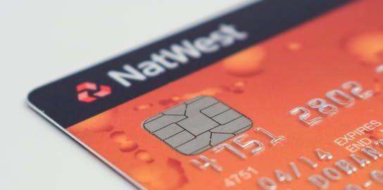 クレジットカードの功罪