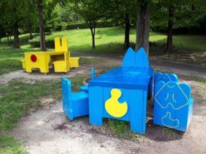 於大公園テーブルとベンチ